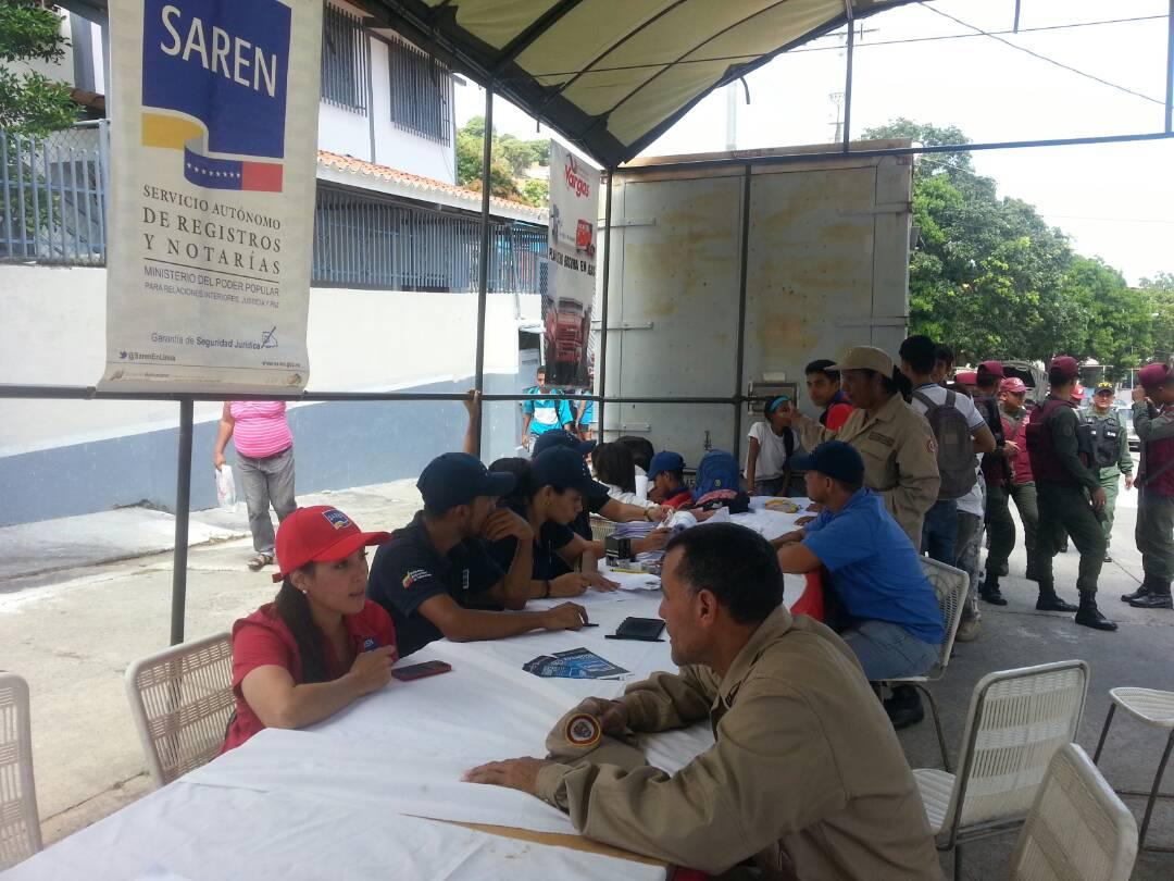 Asesorías jurídicas y documentos exentos de pago durante jornada integral en Vargas  (3)
